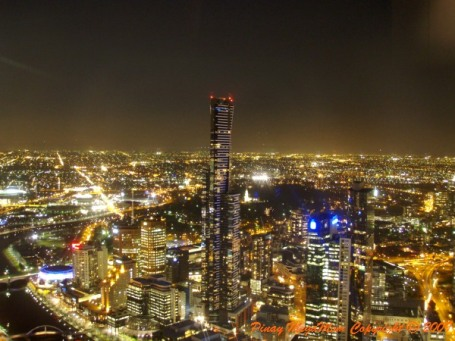 08-melb-skyscraper-night