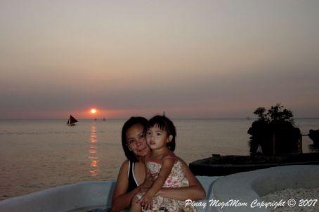 bora-sunset-with-m
